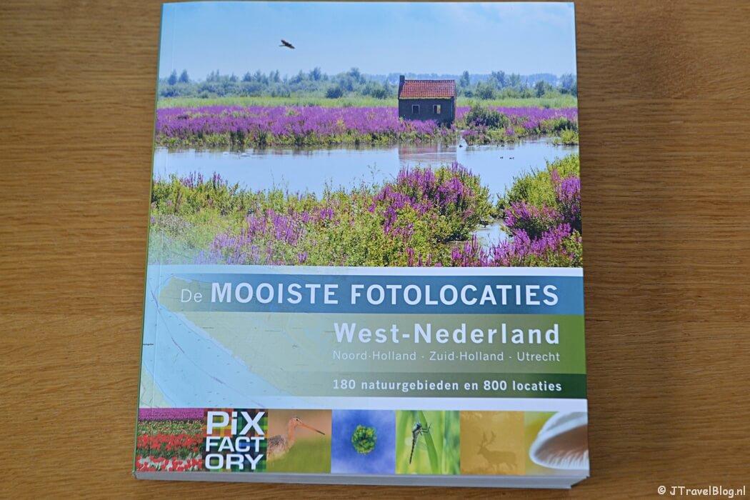 Het boek 'De mooiste fotolocaties van West-Nederland'