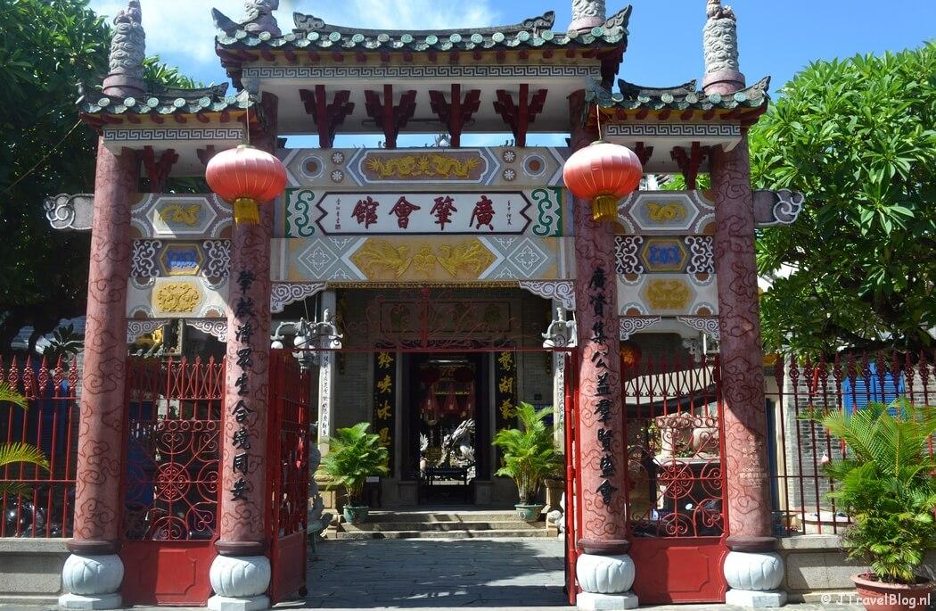 De steden en de vele monumenten op de Werelderfgoedlijst van UNESCO is een van de redenen om naar Vietnam te gaan