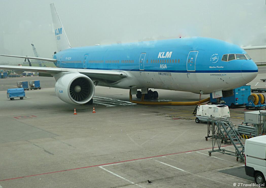Het KLM vliegtuig van Amsterdam naar Kaapstad. Vanuit Kaapstad reisde ik verder naar Namibië