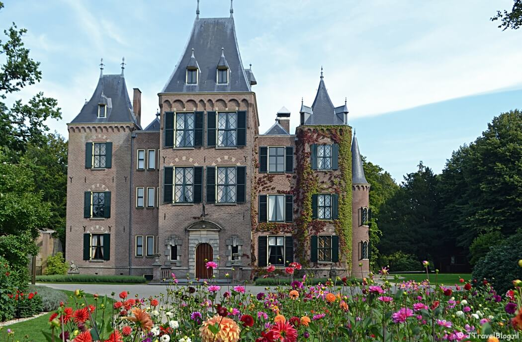 De foto met de meeste likes in de best nine van JTravel op Instagram in 2020: Kasteel Keukenhof in Lisse/Bollenstreek