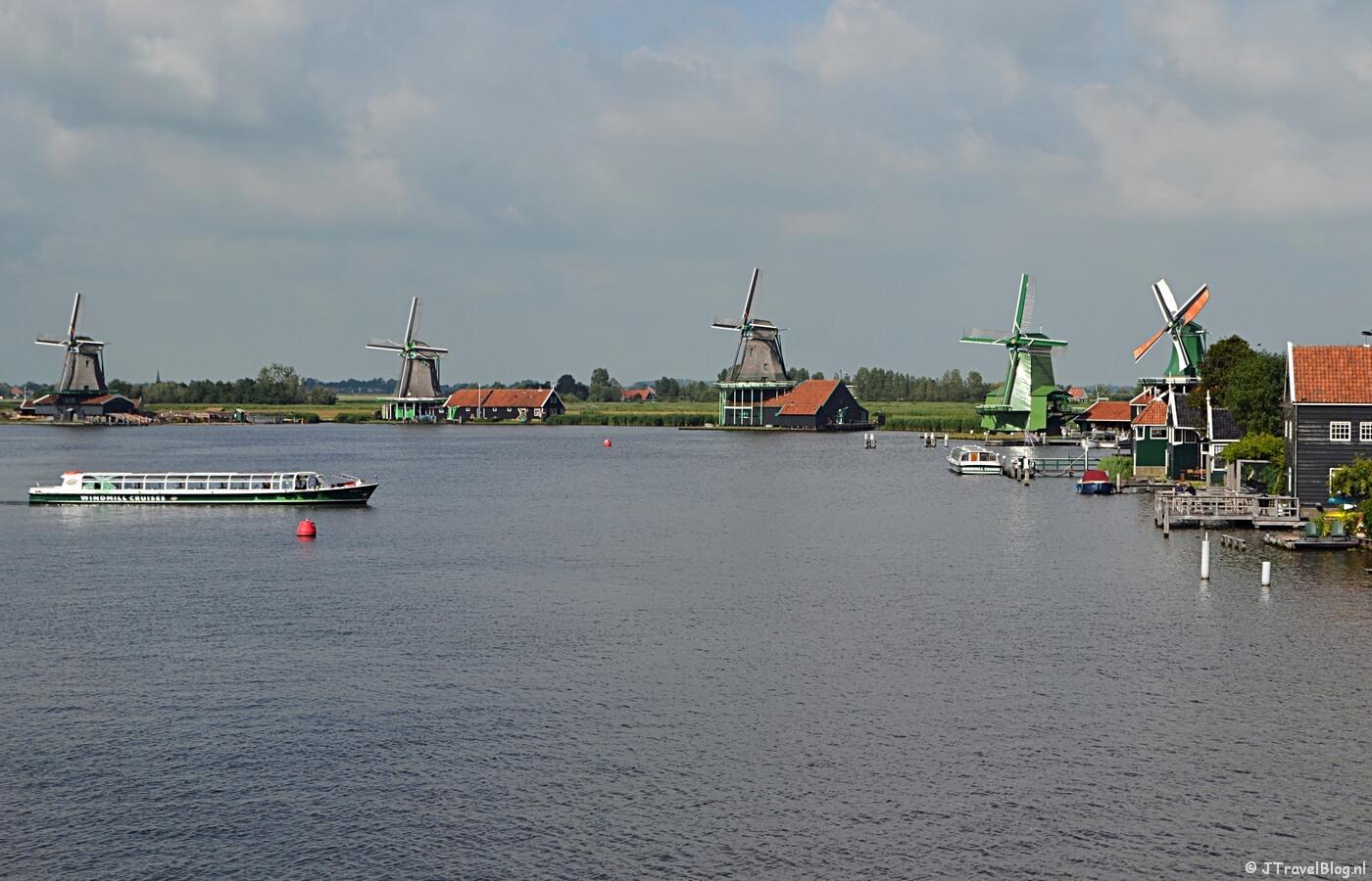De Zaanse Schans vanaf de brug